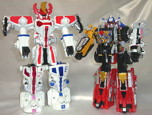 TRIPLE TRANSFORMING MEGAZORD